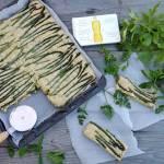 Ciasto ziołowe ze szparagami