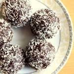 Kakaowo-kokosowe pralinki - tylko 4 składniki :)