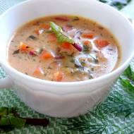 Zupa z botwinką i kaszą jaglaną