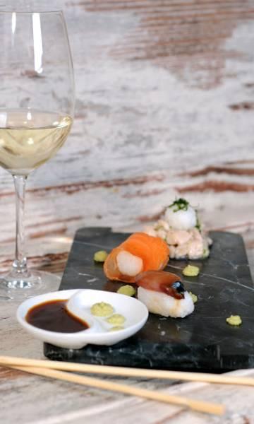 Sashimi, przystawki do wina