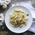 Spaghetti z białymi szparagami i truflami