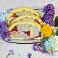 Rolada z kremem ciasteczkowym i frużeliną truskawkową