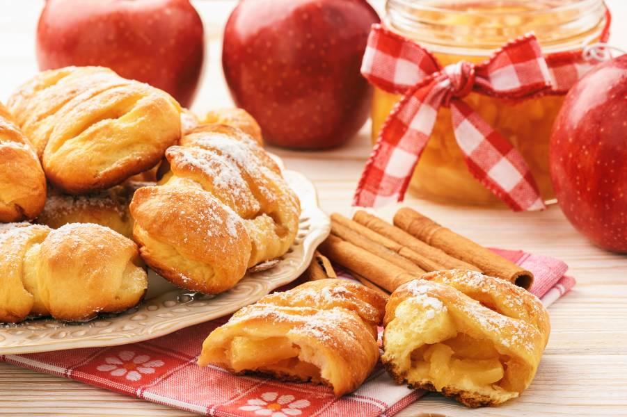 Kruche ciasteczka z jabłkami i cynamonem