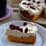 Ciasto ciecierzycowo - marchewkowe z kremem orzechowym