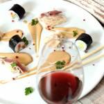 Ryba pieczona w soli z sosem umami