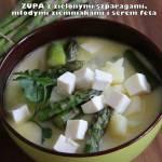 Zupa z zielonymi szparagami, młodymi ziemniakami i serem feta