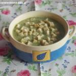 Zupa z zielonego groszku z miętą