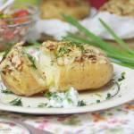Ziemniaki zapiekane z pikantną marynatą