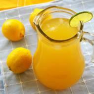 Lemoniada werbenowo-lawendowa.