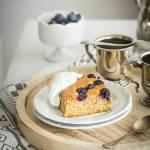 Pomarańczowe ciasto z borówkami bez mąki
