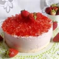 Różowa księżniczka czyli torcik bez tłuszczu z truskawkami