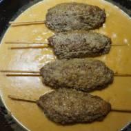 Szaszłyki z mięsa mielonego w sezamie
