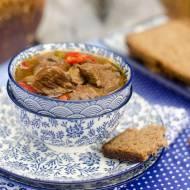 Zupa Strogonow (Boeuf Stroganow)