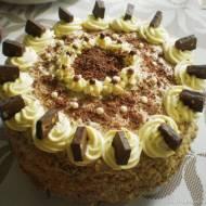 Wspaniały tort orzechowy z kremem michałkowym i roladą