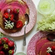 Bezglutenowe pancakes z dżemem trustawkowym z kwiatem czarnego bzu