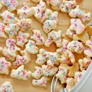 Ciasteczka zwierzątka z lukrem i posypką