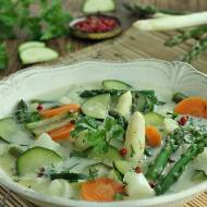 Szparagowo cukiniowa zupa