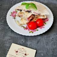 Quesadilla z szynką, serem i pieczarkami