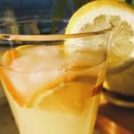Napój pomarańczowo-cytrynowy na drożdżach. Bomba witaminowa na upalne dni!