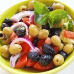 Dlaczego powinieneś mieć w kuchni oliwki i oliwę z oliwek?