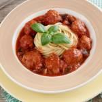 Klopsiki w sosie pomidorowym z bakłażanem
