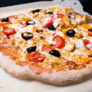 Pizza orkiszowa z kurczakiem