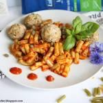 Kulki drobiowe z makaronem Lubella 5 warzywa w sosie ajvar  #lubelloveinspiracje #lubella