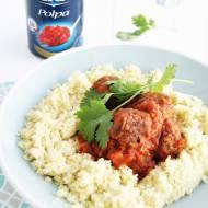 Orientalne klopsiki wołowe w sosie pomidorowym z imbirem i kolendrą