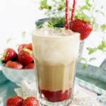 Mrożona kawa truskawkowo-kokosowa