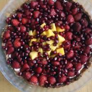 Tarta z owocami z kremem z mascarpone