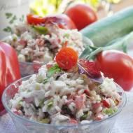 Sałatka z ryżem i warzywami