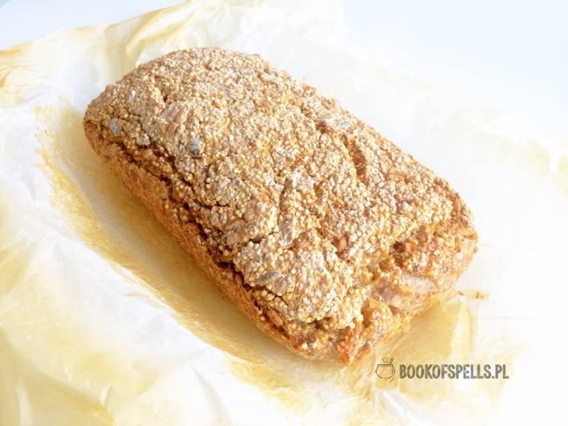 Bezglutenowy i wegański chleb z kaszy jaglanej i gryczanej