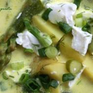 Zupa ze szparagami i serem feta
