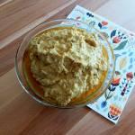 Hummus z oliwkami i anchois