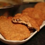 Chlebek indyjski smażony w głębokim tłuszczu
