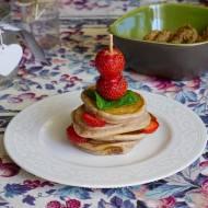 Waniliowo -truskawkowe pancakes.