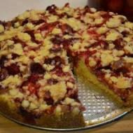 Ucierane ciasto z truskawkami - bezglutenowe