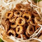 Ciasteczka grzybowe. Małe krakersy z grzybami