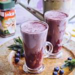 Odżywcza czekolada do picia z jagodami i jogurtem naturalnym