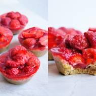 Mini tarty z truskawkami i galaretką (6 składników)