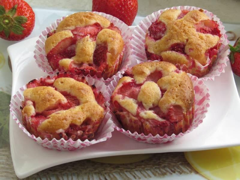 Muffinki z truskawkami