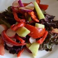 Sałatka z czerwoną sałatą