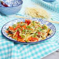 Noodle z warzywami