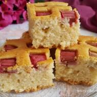 Cytrynowe ciasto z rabarbarem