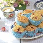 Muffinki z truskawkami i kruszonką migdałową