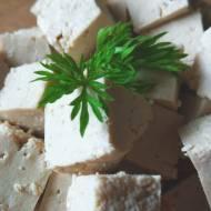 Domowe tofu – przepis podstawowy na sojowy ser