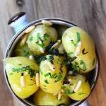 Młode ziemniaki w ziołach