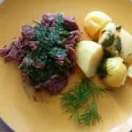 Gotowana wołowina w sosie koperkowym