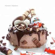 Tort Kinder + II urodziny bloga