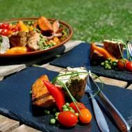 Grillowana rolada z kurczaka, z batatami i warzywami